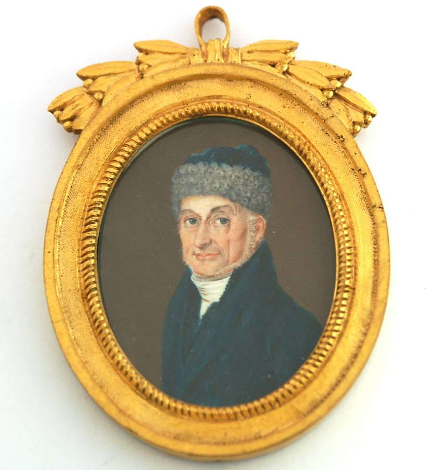 Gent with fur-trimmed hat