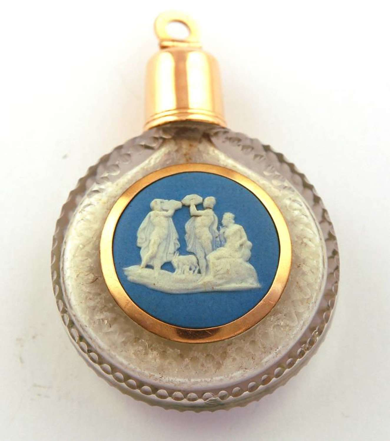 Wedgwood and gold scent