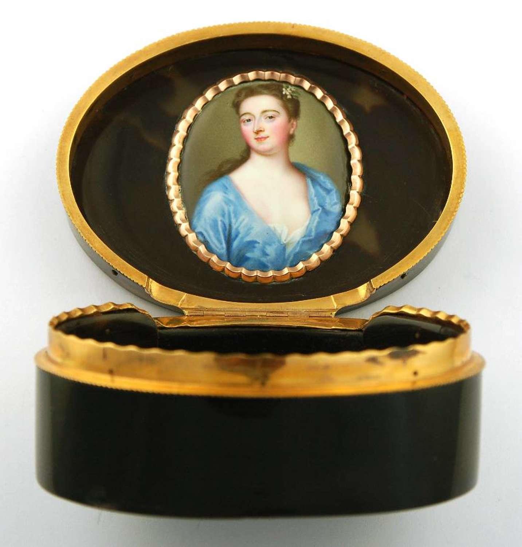 Zincke lady in box