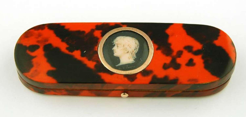 Tortoiseshell Box with Miniature by H de Janvy