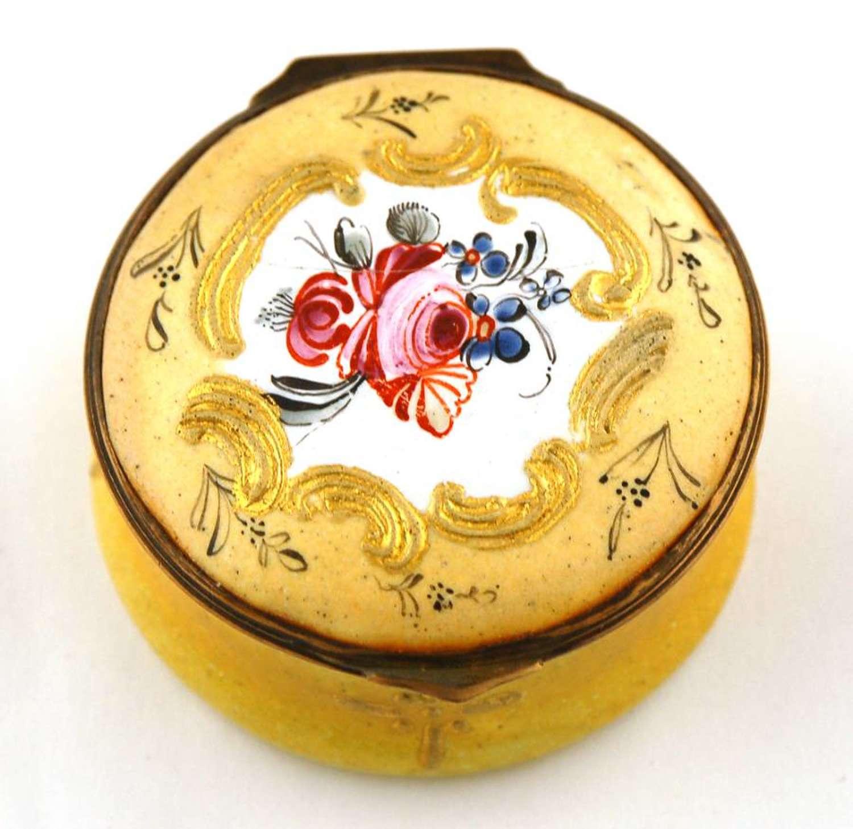 Round Yellow Patch Box