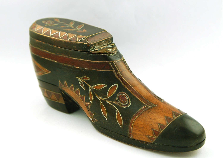 Treen Shoe