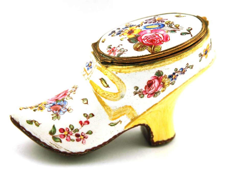 Enamel Shoe