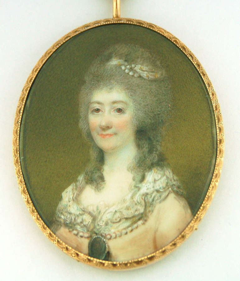 Lady wearing miniature by Hone